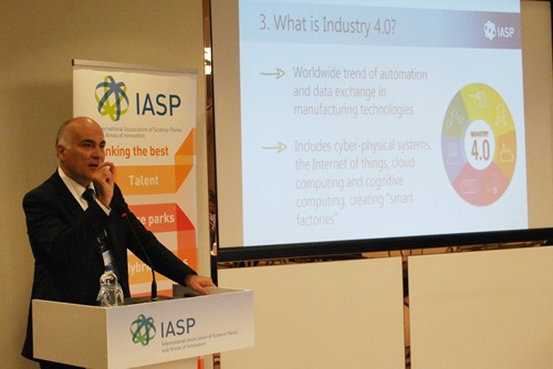 IASP President Josep Piqué presents the new subnetwork