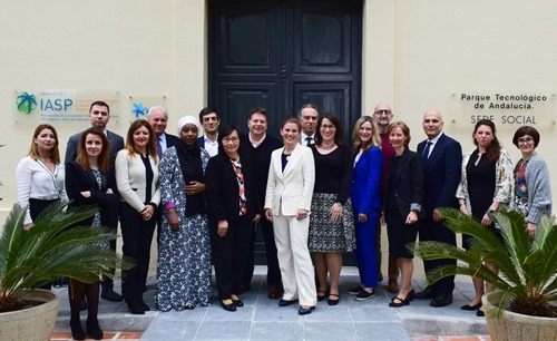 The IASP International Board and staff